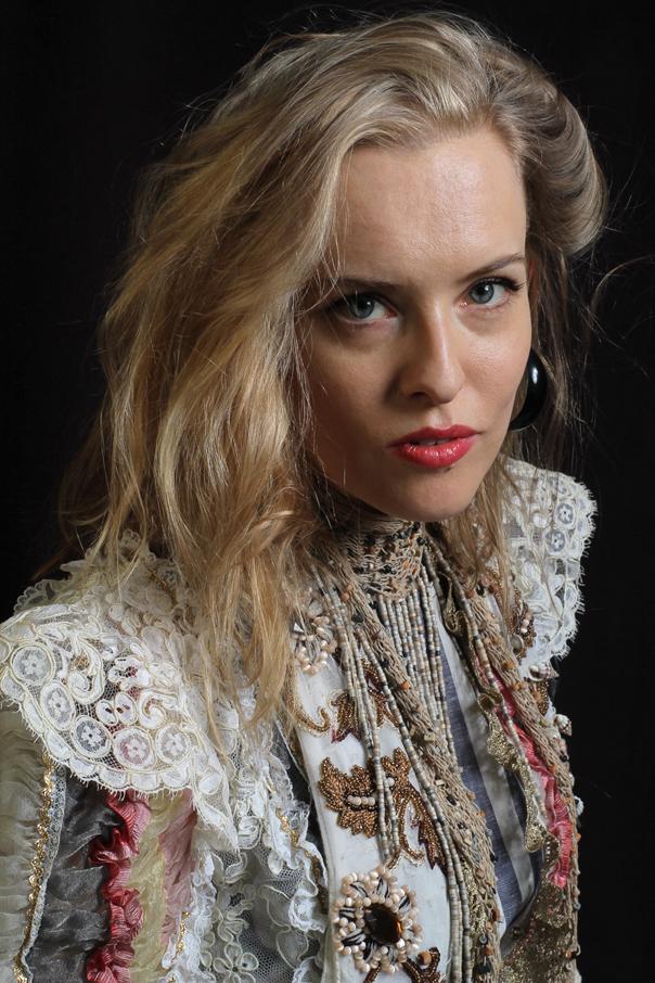 Sherry Mills, Picnic Portrait